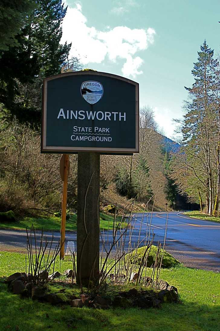 Ainsworth campground welcome sign