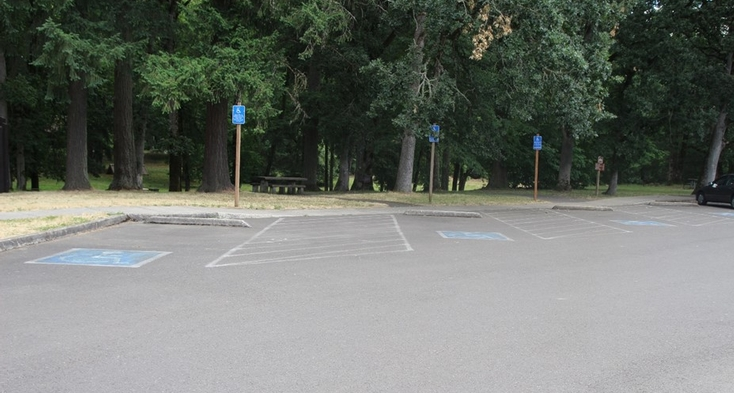 Accessible van parking at Riverside Day-use area near trailhead and picnic area.
