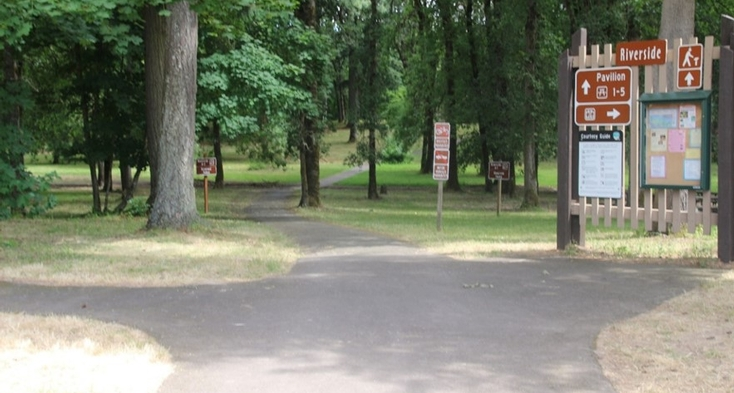 Riverside Day-use paved trails with up to an 8% slope. Paved trail to picnic areas and trails.