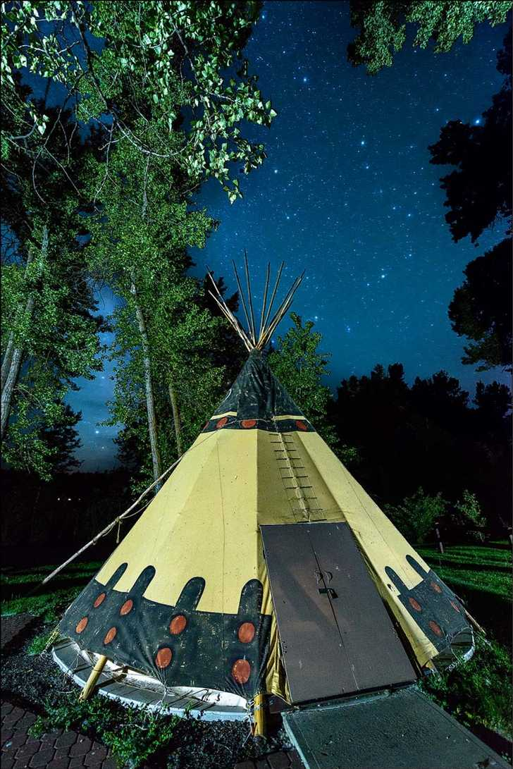 Clyde Holliday TeePee at night